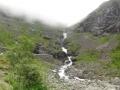 """Лестница Троллей"" и водопад"